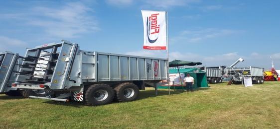 Opolagra 14-16 czerwca 2019 -  maszyny rolnicze Fliegl stoisko E080